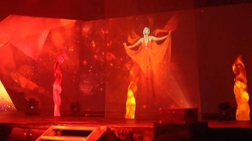 P3 - Dewi Drupadi dengan Teknologi Holografik