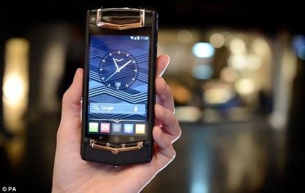 Vertu Ti adalah smartphone Android termahal di dunia.