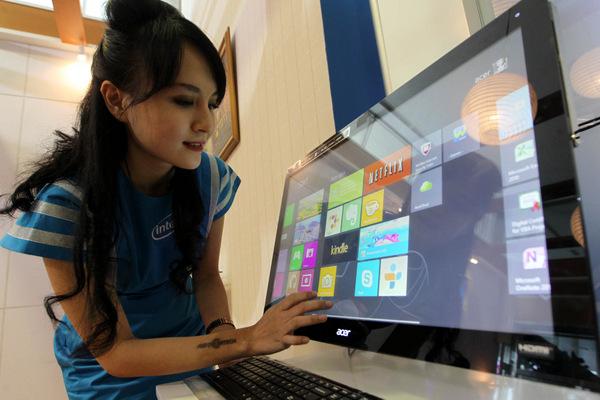 Windows 8 menjadi sistem operasi yang diharapkan dapat menyelamatkan pasar PC.