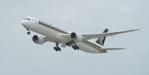 Flight Testing of the SIA 787-10 at Charleston_preview