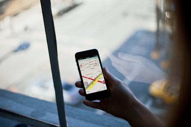 Statistik menunjukkan bahwa aplikasi navigasi adalah 5 besar aplikasi terbanyak yang digunakan pengguna smartphone global.