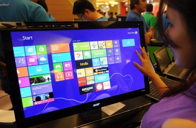 Windows 8 dan Windows Phone 8 membuat persaingan di industri teknologi di 2013 kian sengit.