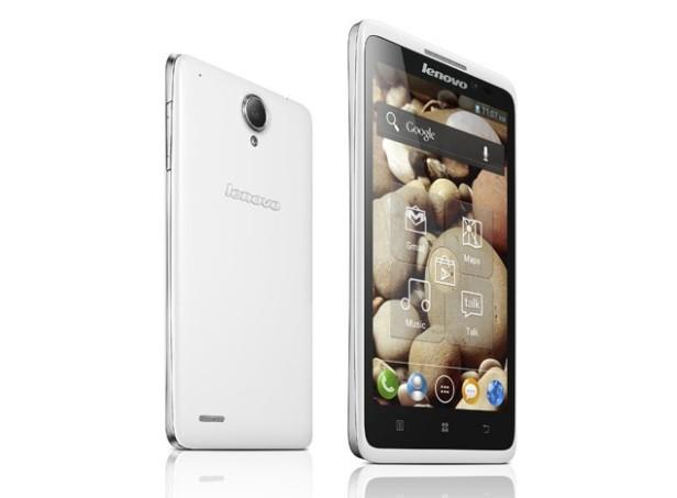 Lenovo S880 menjadi bukti tingginya permintaan pasar Indonesia terhadap phablet berharga terjangkau.