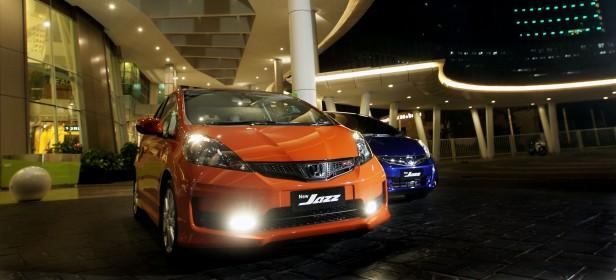 New Honda Jazz ditargetkan terjual 26 ribu unit sepanjang 2013, mempertegas kepemimpinannya di segmen hatchback. Model baru ini hadir dalam tiga tipe, yakni tipe RS (tertinggi), tipe S (sedang), dan tipe A (terjangkau).