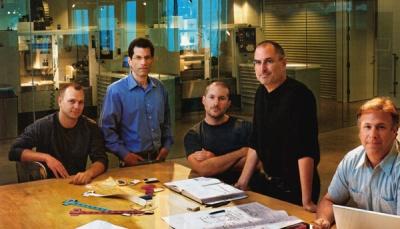Steve Jobs dan para vice president di Apple