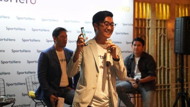 Tri Putra Permadi, selaku pemegang lisensi resmi SportsHero Inonesia menjelaskan cara bermain aplikasi SportsHero Indonesia