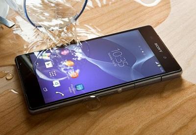 sony-xperia-z2-smartphone-water-spill,K-9-429705-22