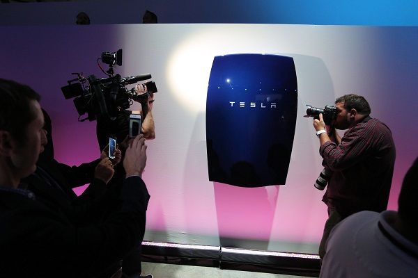 Telsa unveils battery to 'transform energy infrastructure'