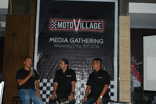 Motovillage 4